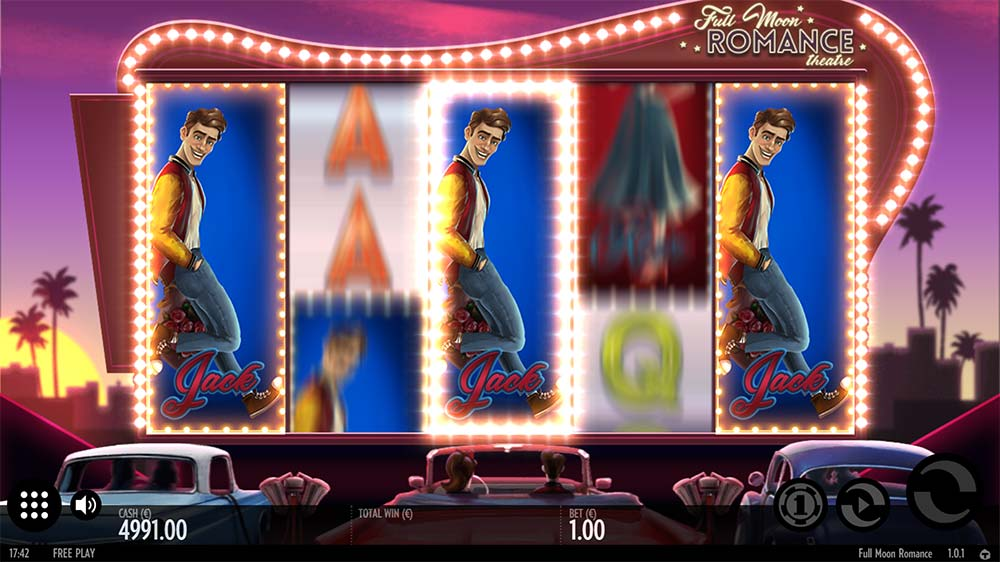 Full Moon Romance Slot - Clone Feature