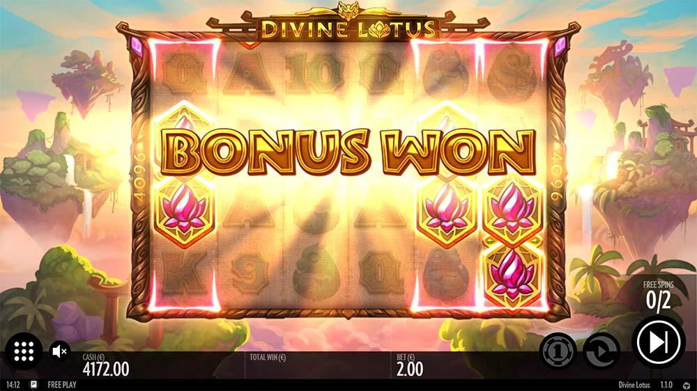 Divine Lotus Slot - Bonus Trigger