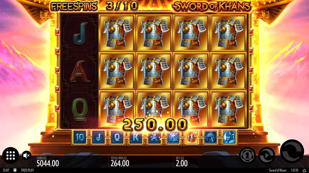 Sword of Khans Slot - Expanding Symbols