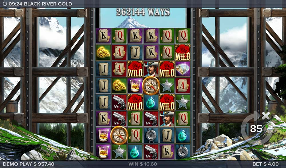 Black River Gold Slot - Compass Wilds