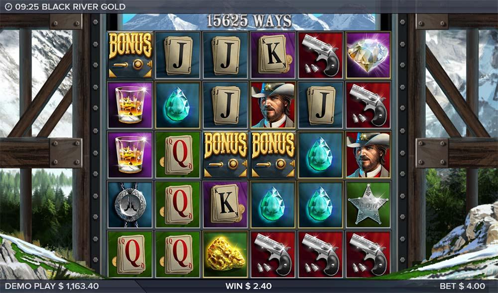 Black River Gold Slot - Bonus Trigger