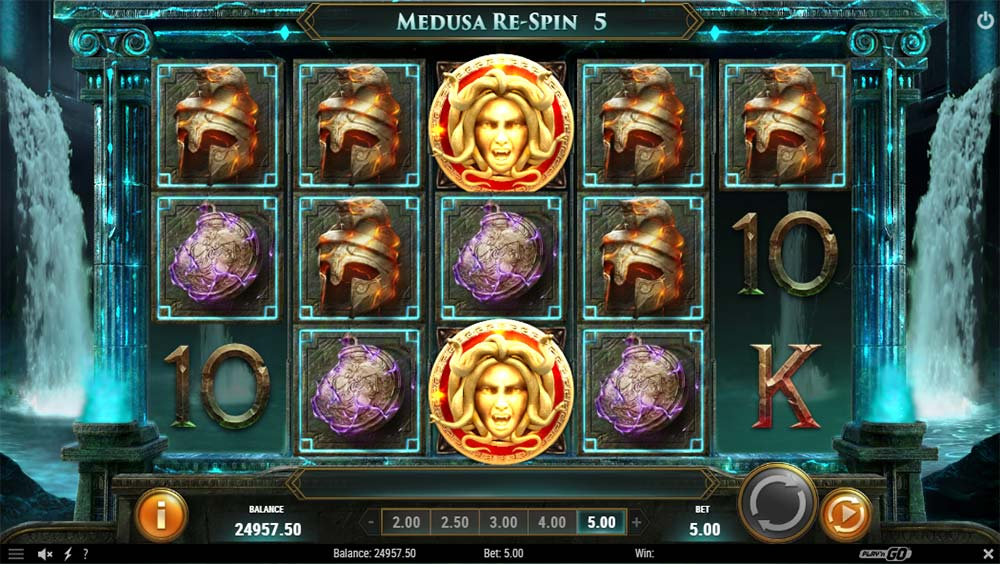 Shield of Athena Slot - Medusa Re-Spins